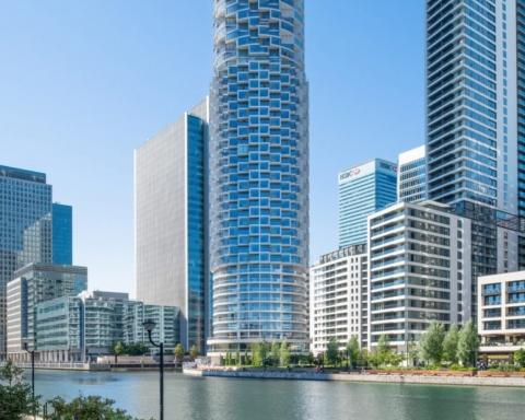 estudios de arquitectura suiza: Herzog & de Meuron completó el rascacielos residencial One Park Drive 26