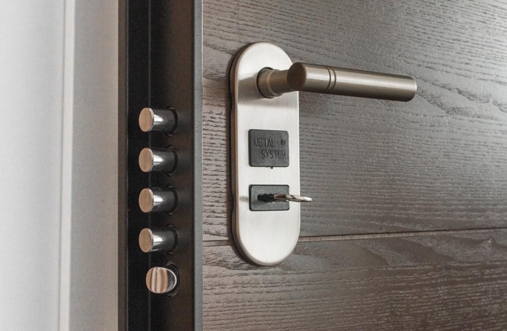 Instalación y nuevos tipos de cerraduras de seguridad 6