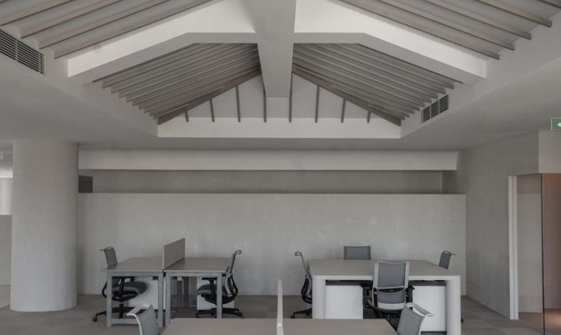 el diseño interior en las reformas de oficinas: el caso de FNJI 32