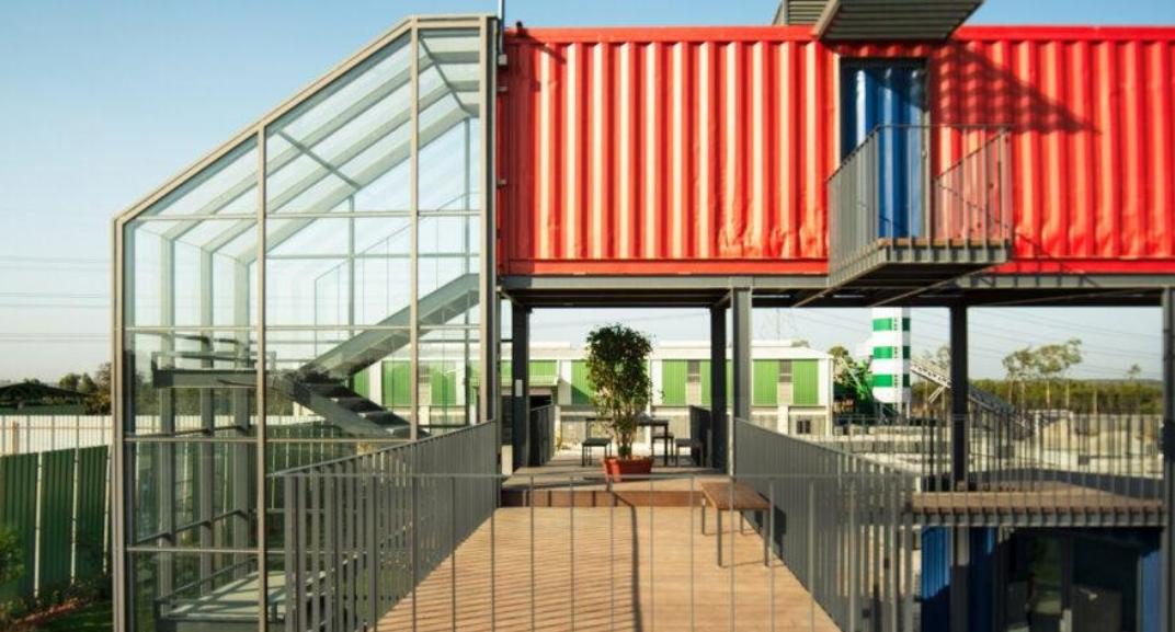 ideas con contenedores marítimos: unas oficinas en contenedores maritimos en India 2
