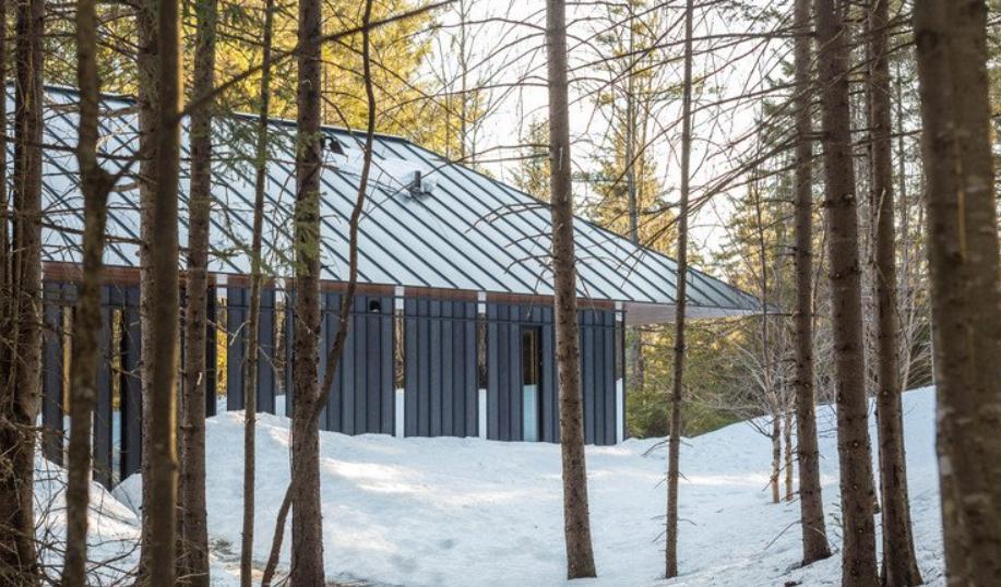 cabañas en el bosque: Board + Battenen las Montañas Verdes de Vermont 2