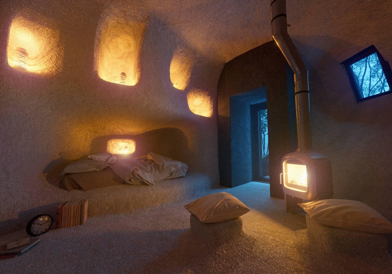 davit y mary jilavyan son los creadores del hotel boutique dolmen shelter 4
